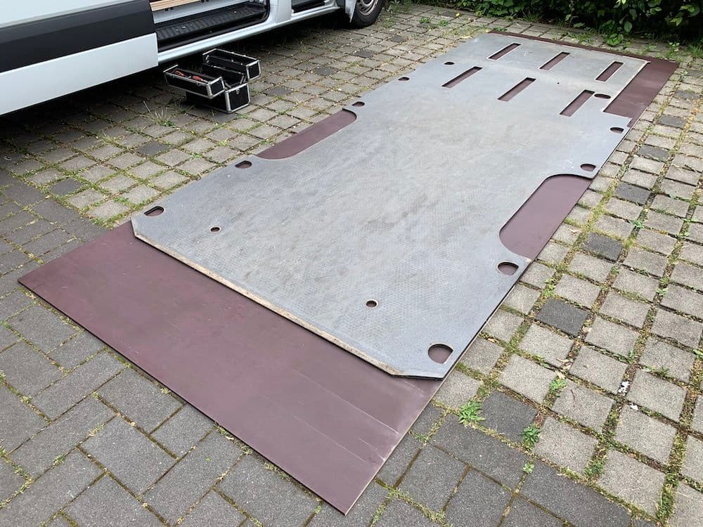 Sprinter Bodenplatte Maße übertragen