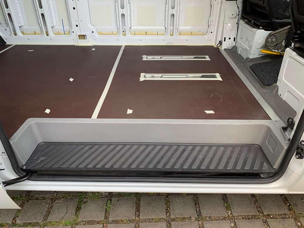 Sprinter - Camper Ausbau Bodenplatte
